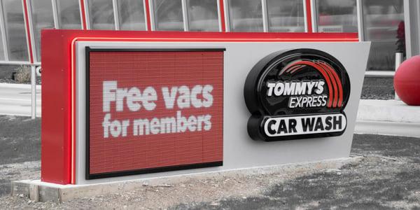 Free-Vacuum-Service-for-Members-1024x512